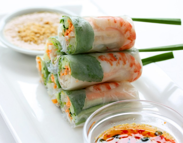 spring rolls - hanoi food