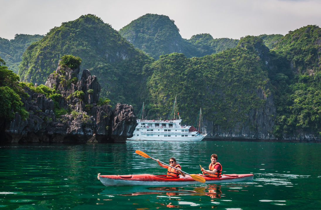 kayaking in cong do - 3 days in hanoi and halong